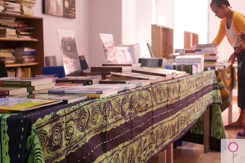 Puestos de la Feria del libro Africano.